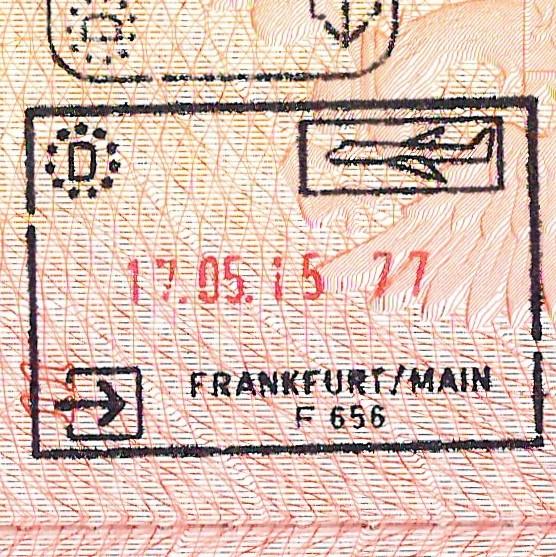 <Штамп: Федеративная Республика Германия; Аэропорт Франкфурт-на-Майне; F 656; 17.05.15, 77.>